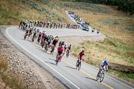 2015 USA Pro Challenge Stage 01 Peloton climb through open range towards 1st KOM