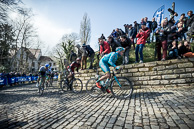 2016_Driedaagse De Panne-Koksijde_Stage1, LieuweWESTRA(NED-AST), leads over De Muur