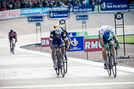 2016 Paris-Roubaix, Finish, 1st MathewHAYMAN(AUS-OGE), 2nd TomBOONEN(BEL-EQS), 3rd IanSTANNARD(GBR-SKY)