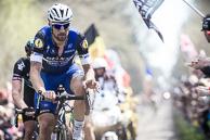 2016 Paris-Roubaix, Peloton, Secteur18, Trouee dArenberg, TomBOONEN(BEL-EQS)