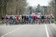 2016 Scheldeprijs, Race, Peloton, allowed the breakaway to stay around 3 minute mark